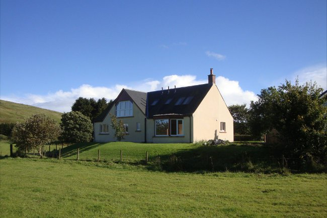 Rural location newly built detached 4 bedroomed property